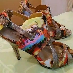 Women's multi colored zigi Soho shoes